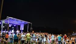 2014 Summer Concert (3)_thumb.jpg